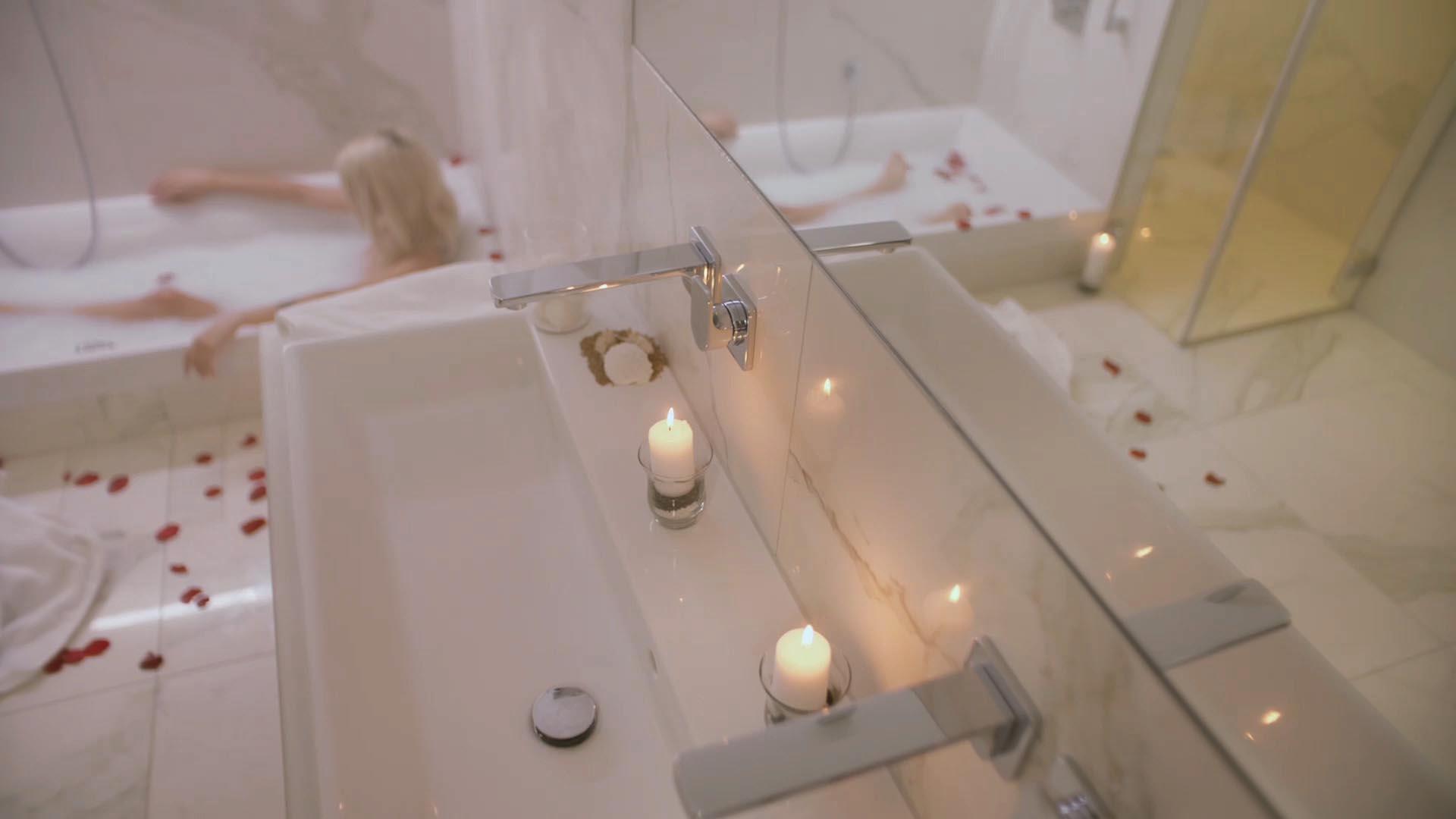 Flatshot Ring Penthouse Badezimmer